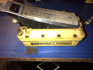 Enerpac air driven Hydraulic pump