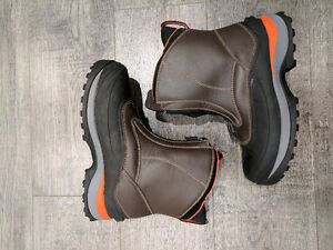 Brand New Lands End Mens Winter Boots!