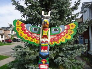 ****7 FOOTER ***TOTEM POLE FOR SALE****