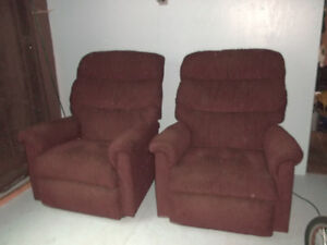 Two LAZYBOY Recliners
