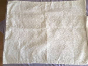White circle pattern never been used pillowcases