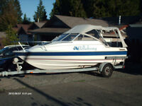 18' full canopy Bayliner Classic
