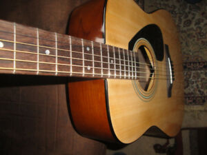 FULLY LOADED PACKAGE YAMAHA F310P ACOUSTIC GUITAR BRAND NEW $190