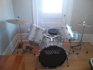 Beginner drumset for sale