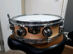 "Dixon 13"" Maple Piccolo Snare Drum"