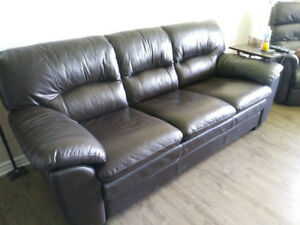 LEATHER COUCH, SOFA BROWN NEW CONDITION