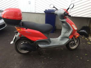 Scooter Piaggio Fly 150