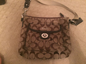 Coach purse and matching wallet Peterborough Peterborough Area image 3