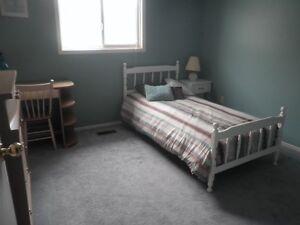 Kanata room rental beside high tec park
