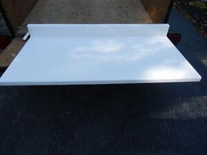Countertop (White)