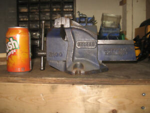 Record Vise - 4 inch jaws Made in England - Special Xmas price