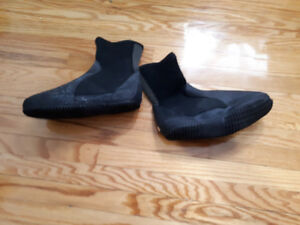 SCUBA Boots Wet Suit (Woman's Small)