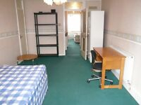 Spacious room close to Whitechapel tube and amenities. INCLUSIVE OF COUNCIL TAX