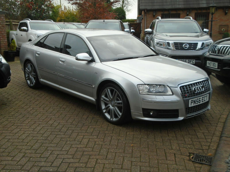 2006 56 reg audi s8 5 2 fsi auto quattro 44000 miles. Black Bedroom Furniture Sets. Home Design Ideas