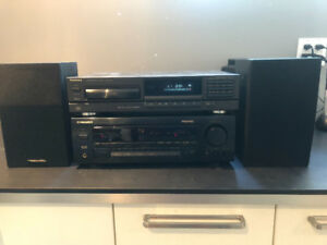 PIONEER Stereo System Receiver CD Player Speakers ALL for $50
