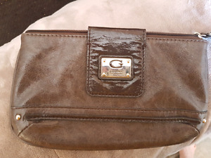 Quality wristlet  and wallets for sale. (Guess,Fossil etc)