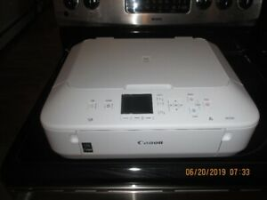 Canon White Printer PIXMA MG5600 Series
