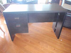 meuble d'ordinateur