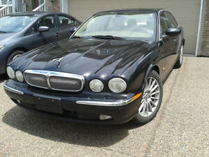 2006 Jaguar XJ8. Guaranteed Financing