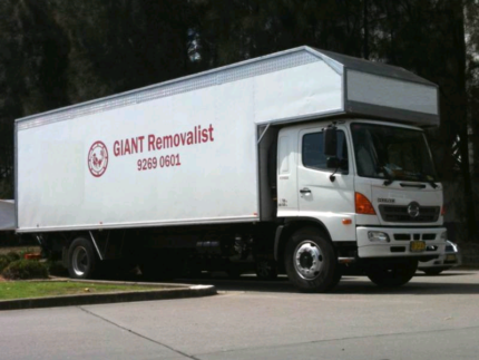 GianT removalist $90/h for 2men(15y pro)+truck
