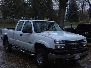 2005 Chevrolet C/K Pickup 2500 Pickup Truck