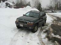 !!!! PARTING OUT 2000 JEEP !!!!