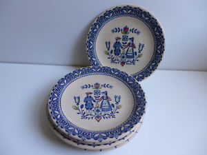 Hearts and Flowers -  6 bread and butter plates (lot 5)