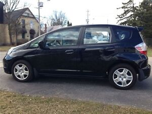 2012 Honda Fit LX AUTOMATIQUE 9800 km , 9500 $