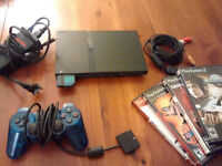 PS2 Slim avec jeux 2 remotes Nego