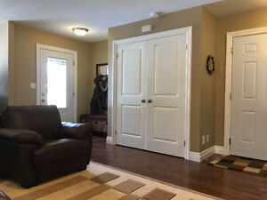 Beautiful Semi-detached House for Rent (Aylmer ON) March 1st