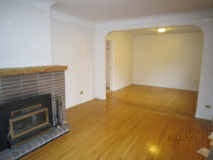 $4300 / 4BR - 1730ft - House for rent-4 BR, 2 baths VAN BC