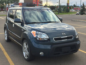 REDUCED 2010 Kia Soul 2.0L 4U RETRO Hatchback