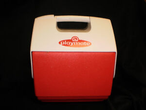 Small Playmate Cooler