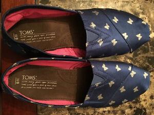 Toms - Cobalt Blue w/butterflies