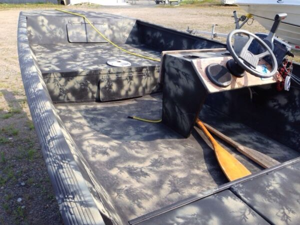 Used 2005 Lowe Boats 1448m