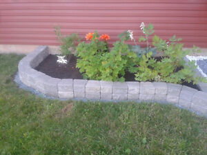 Landscaping Stack Stones (Antique Wedgestone)