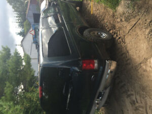 2002 Ford Excursion 7.3 parts truck