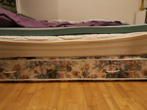 Queen Size Mattress + Memory Foam