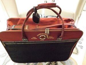 belle valise de voyage servie une seul fois