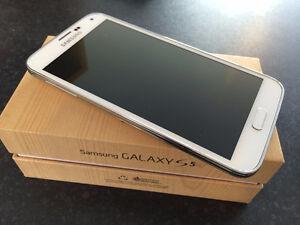 Samsung galaxy S5 Unlocked White 16GB