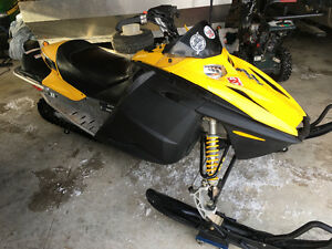 Skidoo 380 Fan low miles