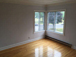 5 ½ for Rent LaSalle Crawford Park, 2nd Floor - Waterfront View