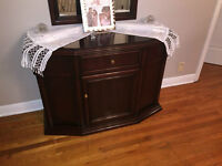 ** BEAUTIFUL MAHOGONY HUTCH WITH MIRROR**