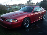 1997 Ford Mustang 4.6L GT ** 85,000 Kms!
