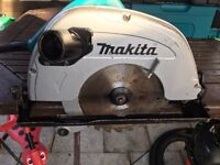 Makita circular saw 5704R 230v excellent working condition !!!