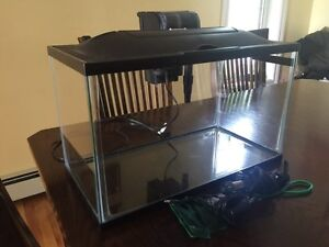 10 Gallon Fish Tank/Aquarium