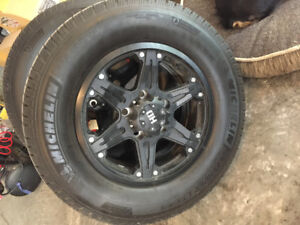 275 /65/18 rims and tires like new