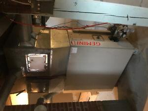 Hot water tank furnace