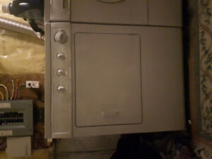 Perfectly-functioning Frigidaire Dryer for Sale!