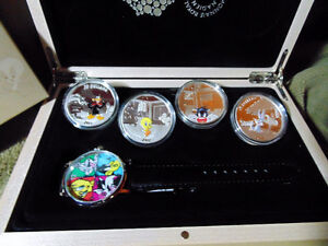Set of 4 x 1 oz 2015 Looney Tunes™ Wrist Watch Silver Proof Coin London Ontario image 3